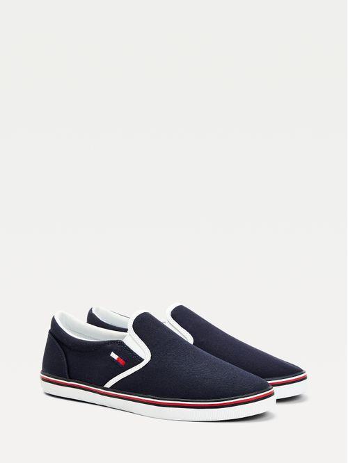 Zapatillas Essential sin cordones