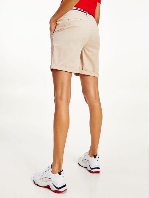 pantalón corto chino